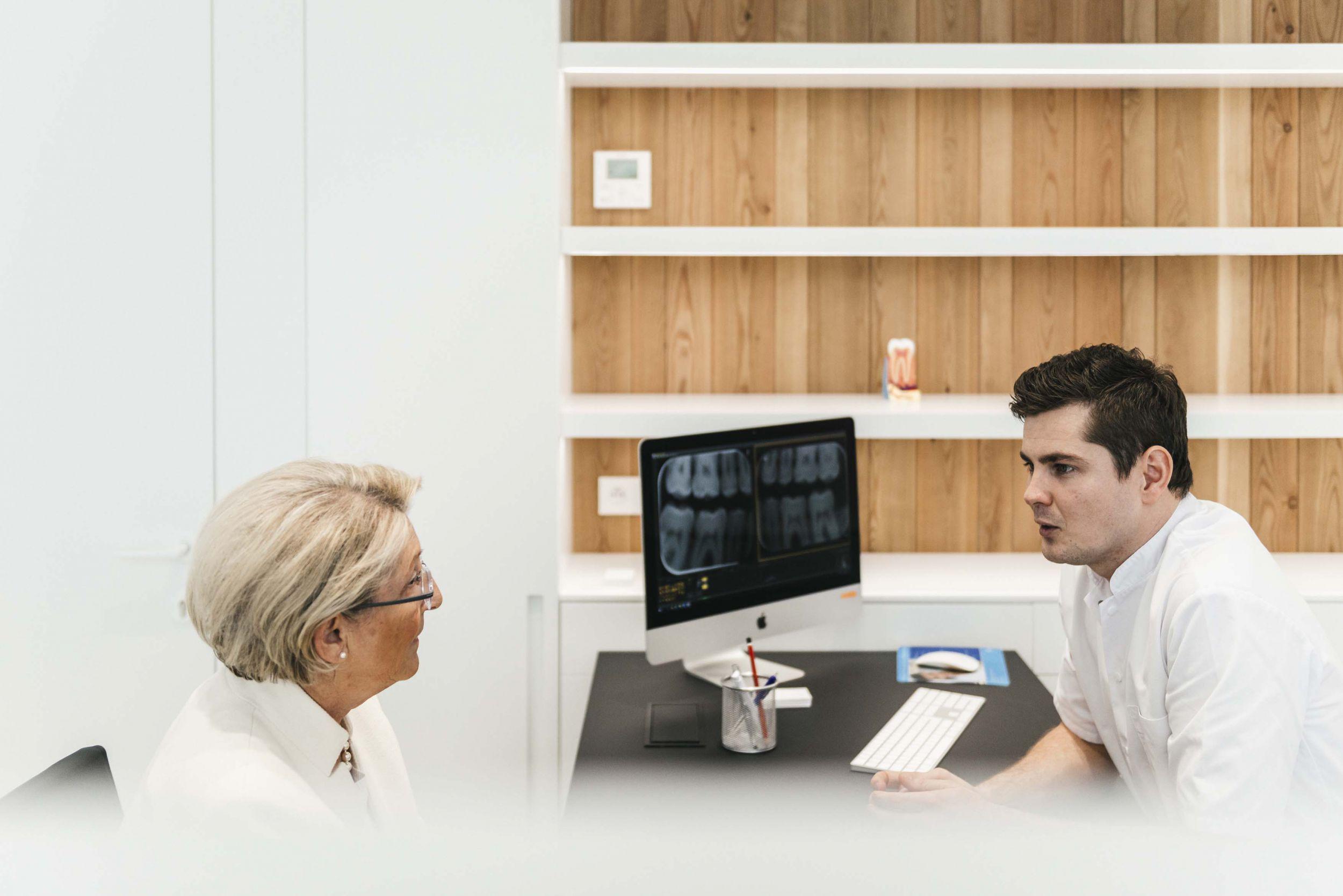 Tandens tandartsen implantoloog